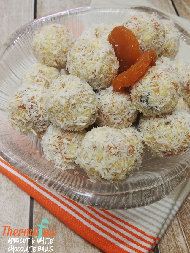 ThermoFun – Apricot & White Chocolate Balls Recipe