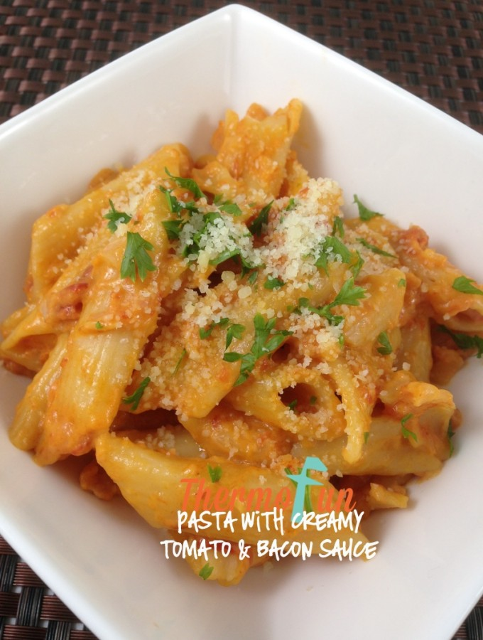 ThermoFun – MAD MONDAY – Pasta with Creamy, Tomato and Bacon Sauce Recipe